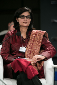 1200px-Sania_Nishtar_at_the_World_Economic_Forum_on_India_2012.jpg